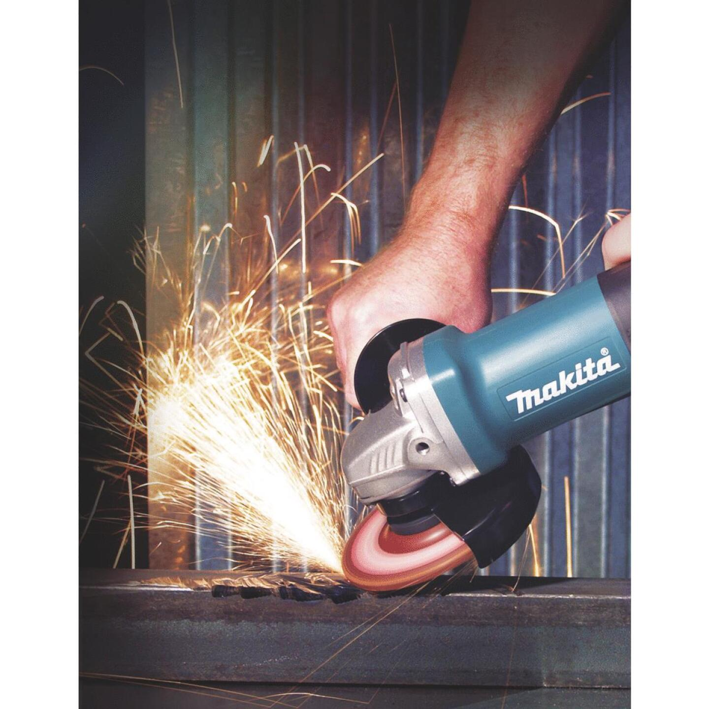 Makita 4 In. 6-Amp Angle Grinder Kit Image 2
